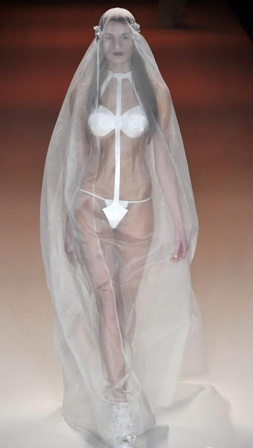 Свадебное платье Эпатажное платье Kaviar Gauche