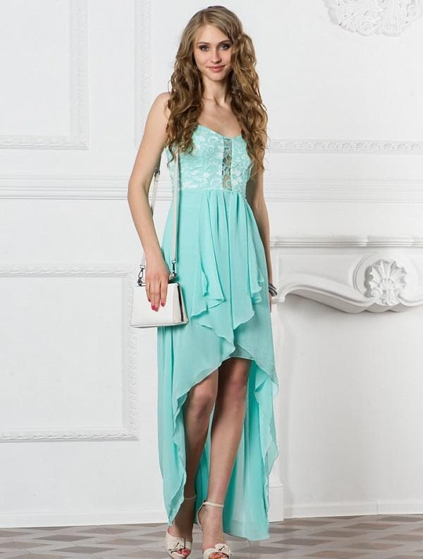 Платье цвета аквамарин со шлейфом