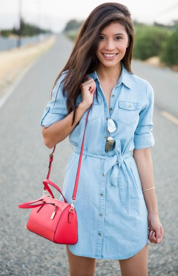 Голубое платье из денима