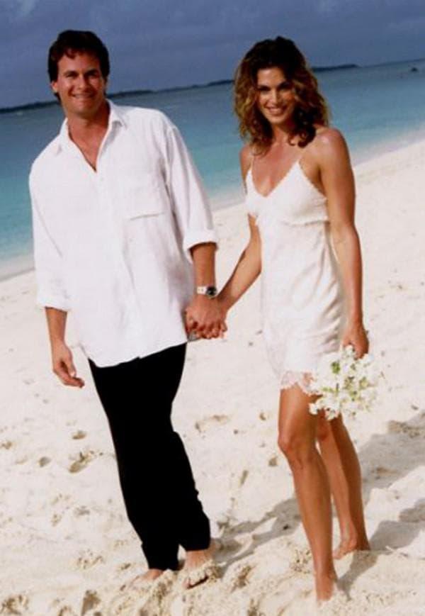 Церемония бракосочетания на пляже Синди Кроуфорд