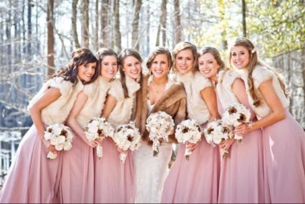 Зимние наряды на свадьбу