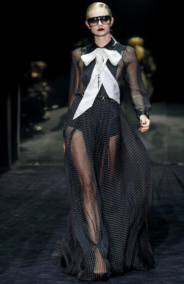 платье в горох от Gucci