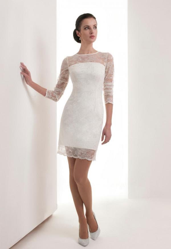 корокое свадебное платье прямое