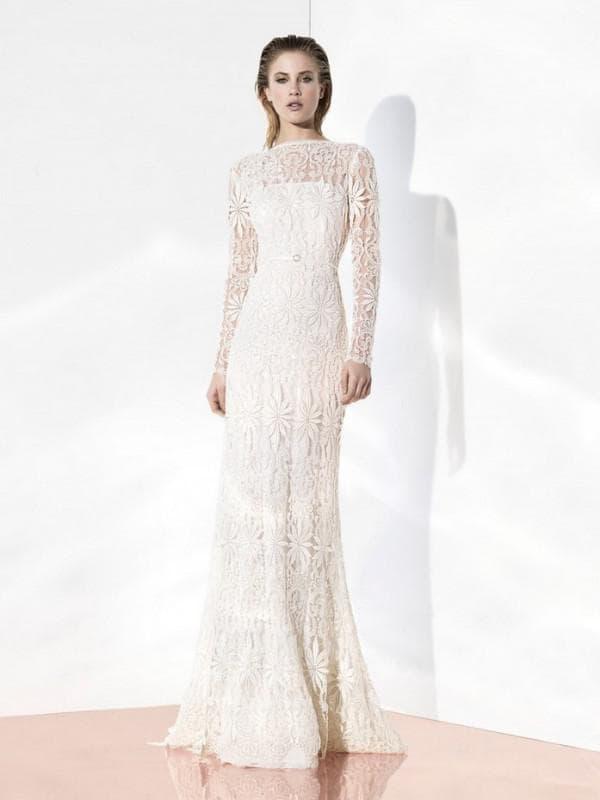 свадбеное платье в пол с кружевом