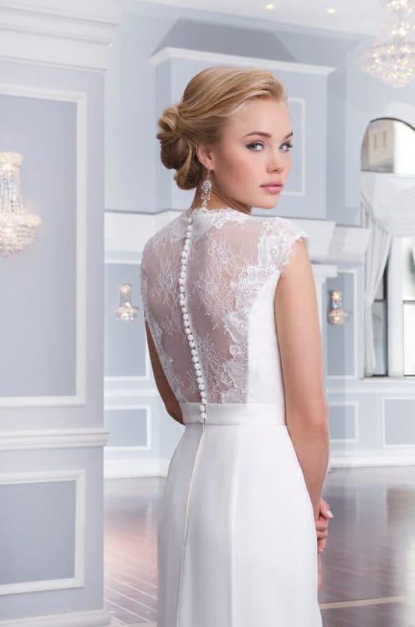 кружевная спинка на свадебном платье