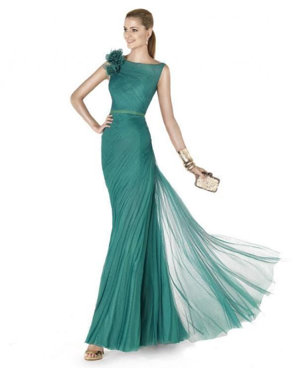 Длинное бирюзовое платье от модного бренда