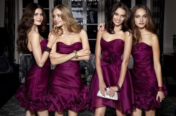 фиолетовые мини платья для подруг невесты