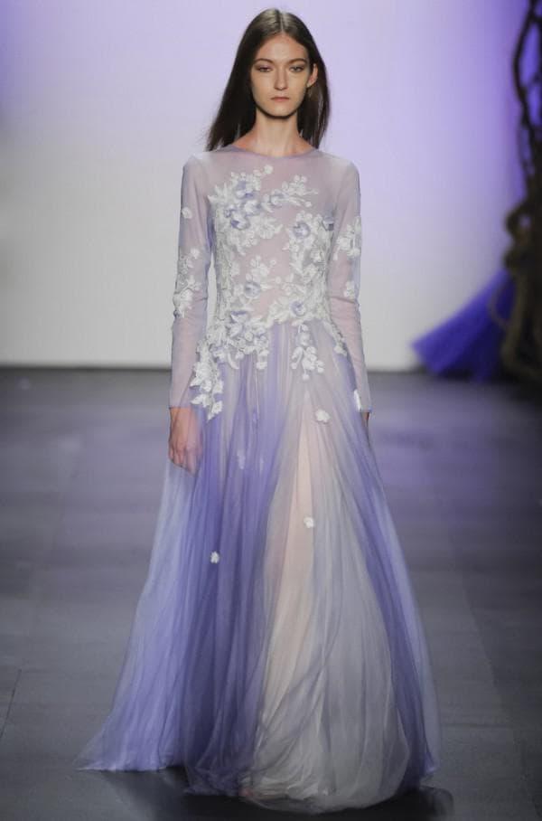 лиловое бальное платье