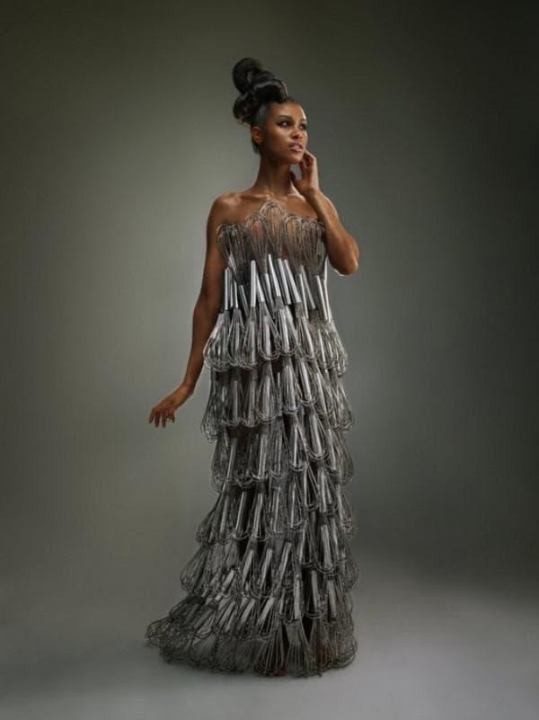 подручные материалы для пошива платья