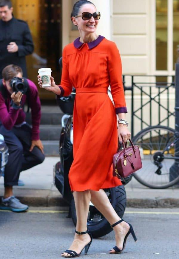 красное платье миди на каждый день