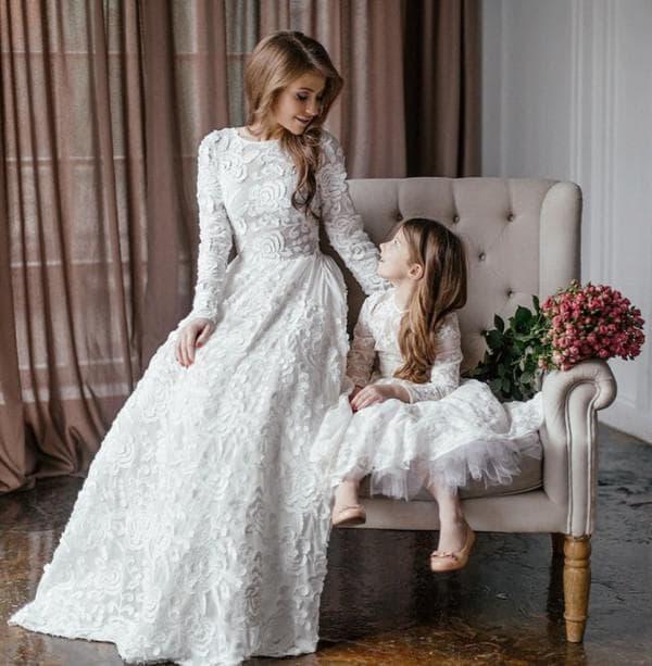 белые вечерние платья в пол одинаковые