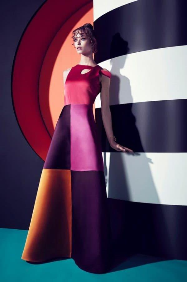 модное платье разноцветное