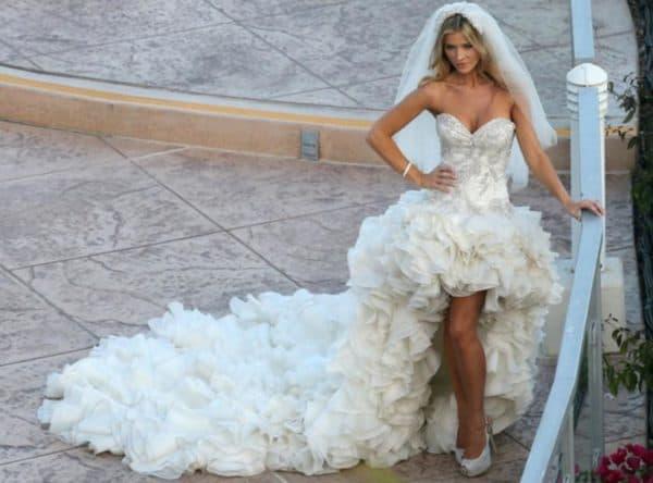 Роскошное свадебное платье каскад