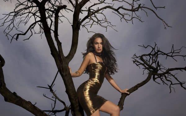 Платье в клуб золотого цвета