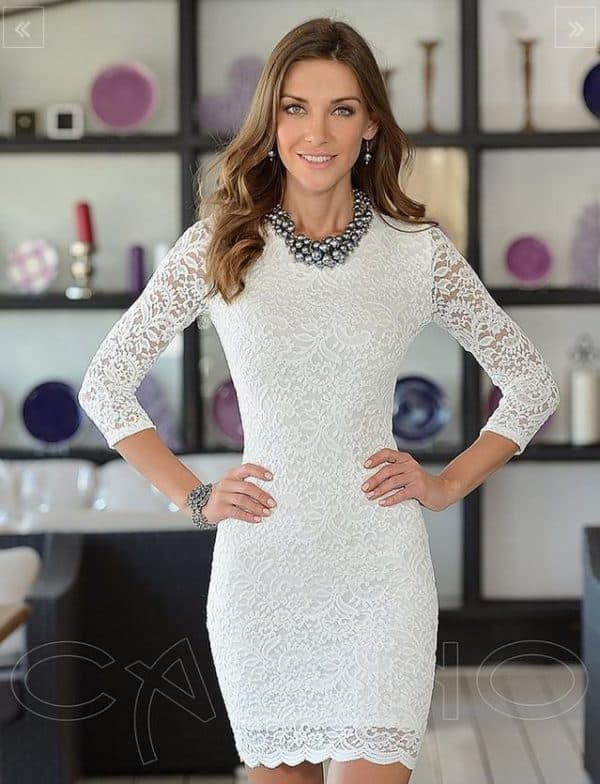 Мини платье из белого гипюра