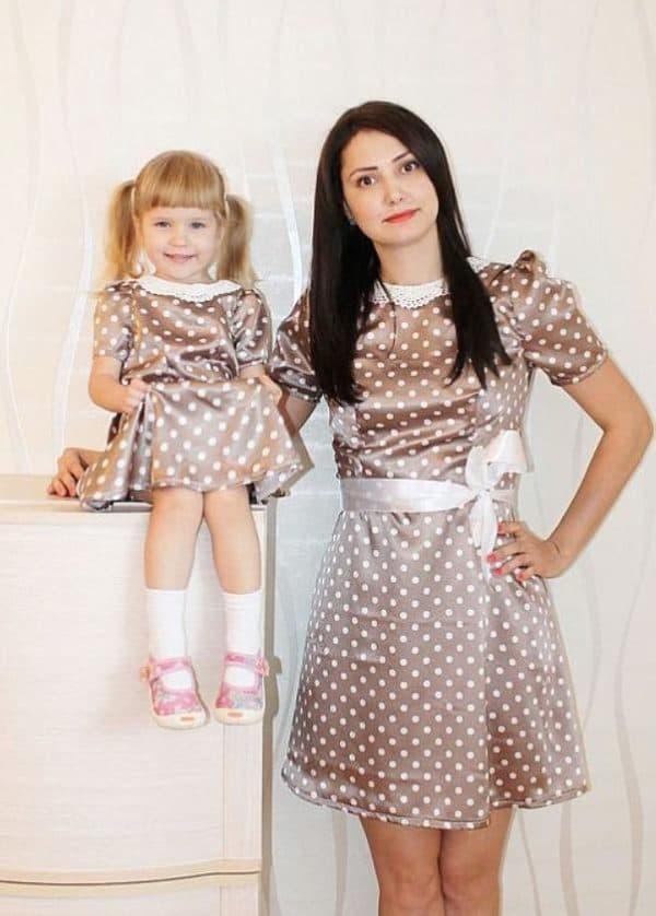 Одинаковые платья на выпускной в садике для мамы и дочки