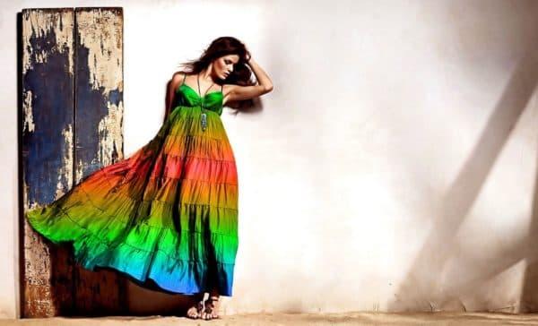 Летнее нарядное платье в пол для полных девушек