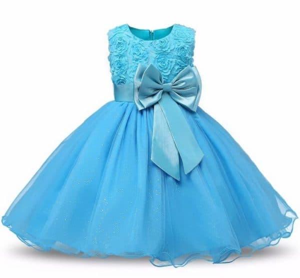 Голубое праздничное платье для девочки