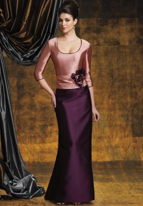 Розово-фиолетовое платье на свадьбу сына