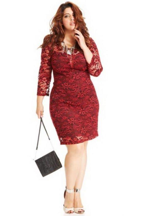 Платье до колен на дам от 50 размера