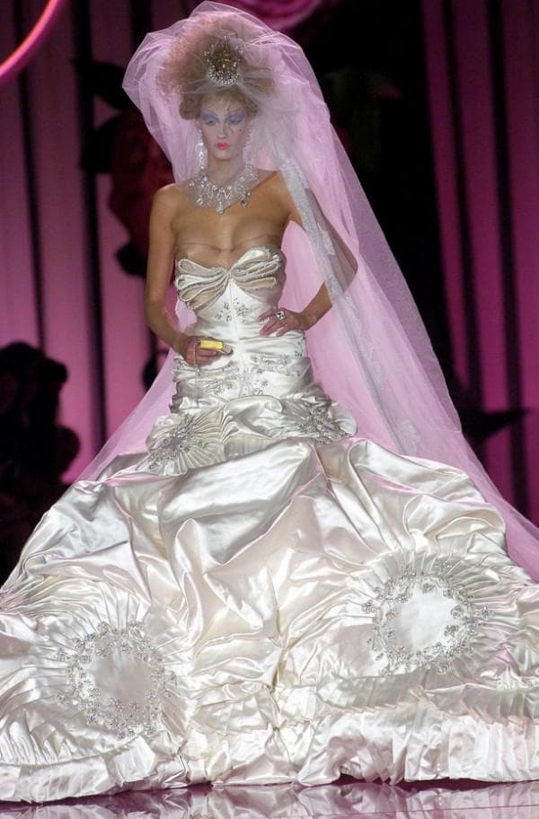Платье от Гальяно на свадьбу