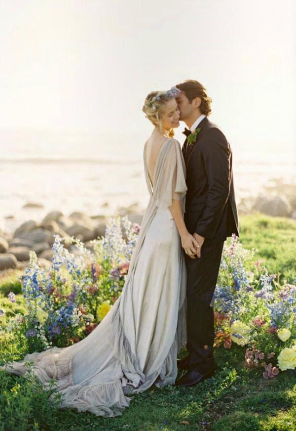 Длинное свадебное платье в пол