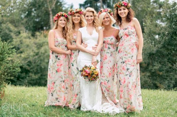 Подружки невесты в платьях стиль рустик