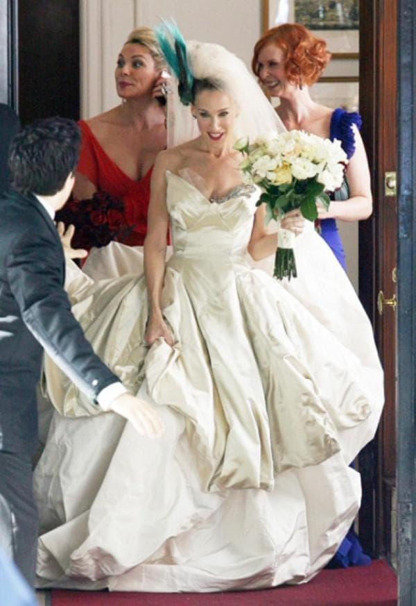 Известное свадебное платье для Кэри от Вивьен Вествуд