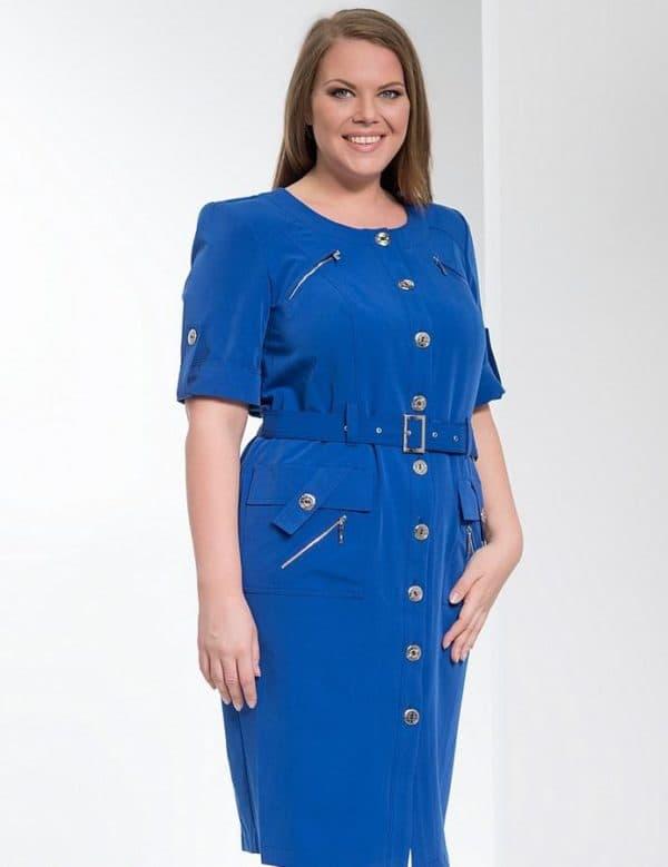 Синее платье в стиле сафари для полной леди