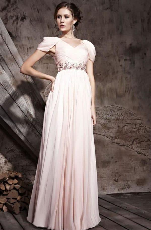 Розовое платье в пол с коротким рукавом фото
