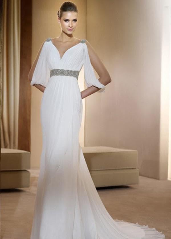Белое длинное платье греческой богини
