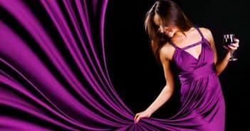 длинное платье фиолетового цвета
