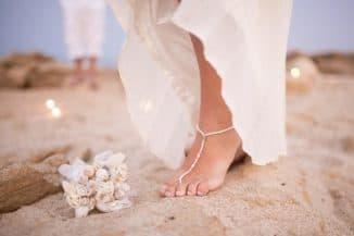 Украшение изящной ножки невесты