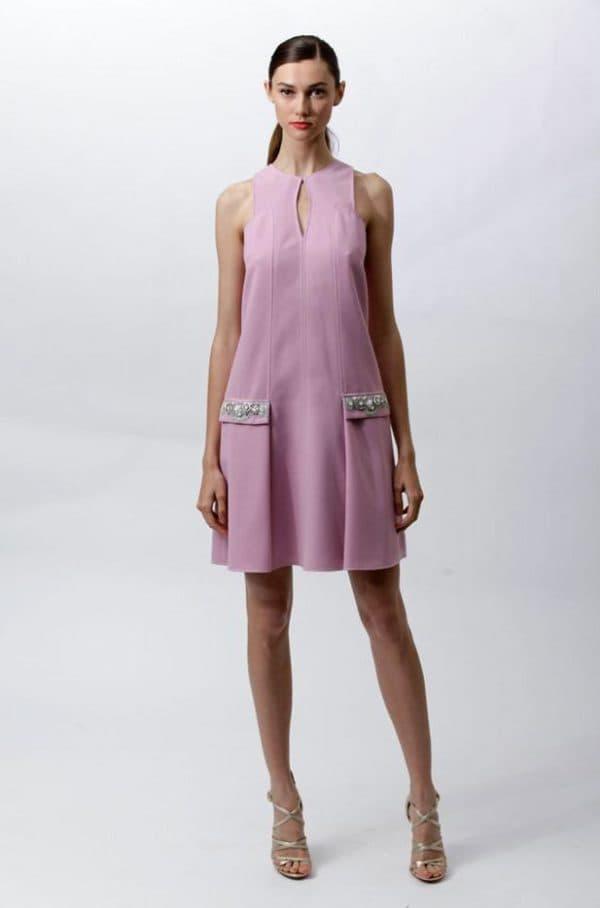 Летнее платье для леди с избыточным весом в области живота