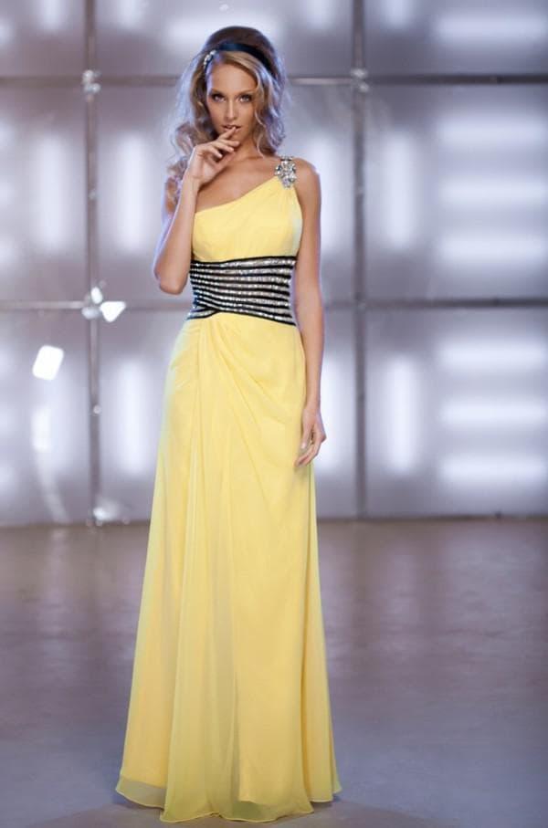 Платье в пол желтого цвета