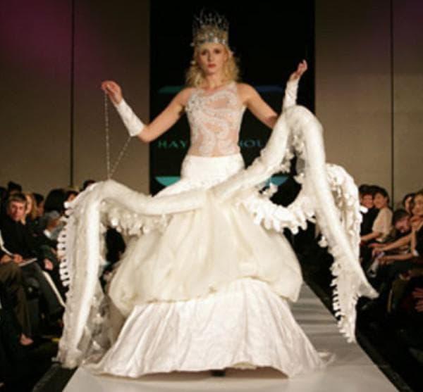 свадбеное платье осьминог