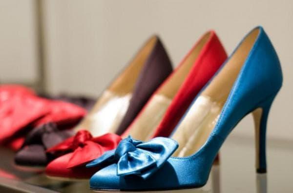 Разноцветные туфли лодочки
