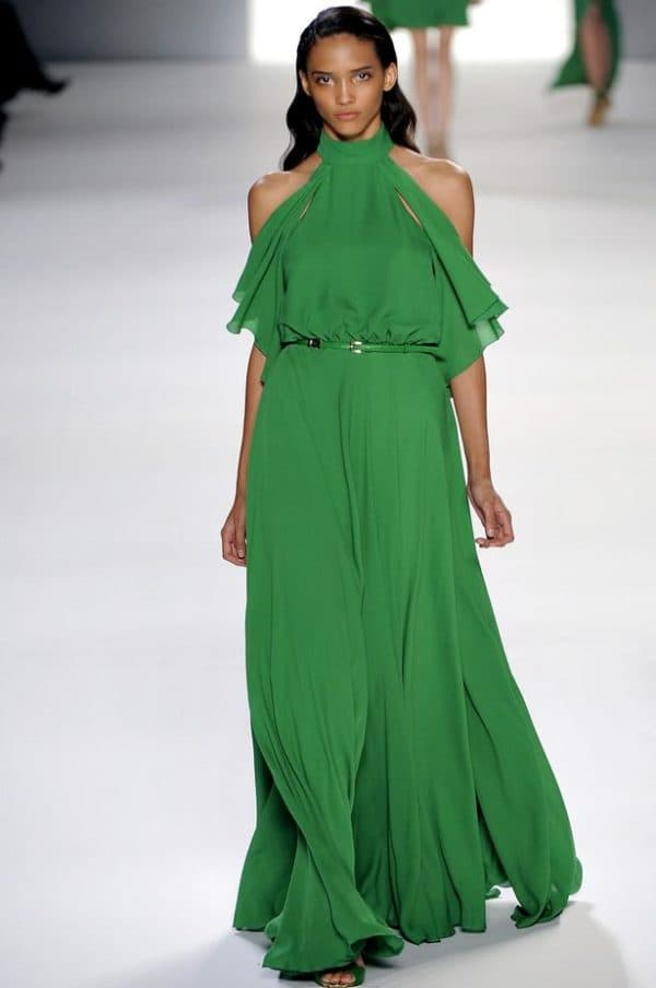 длинное платье в пол с напуском на талии