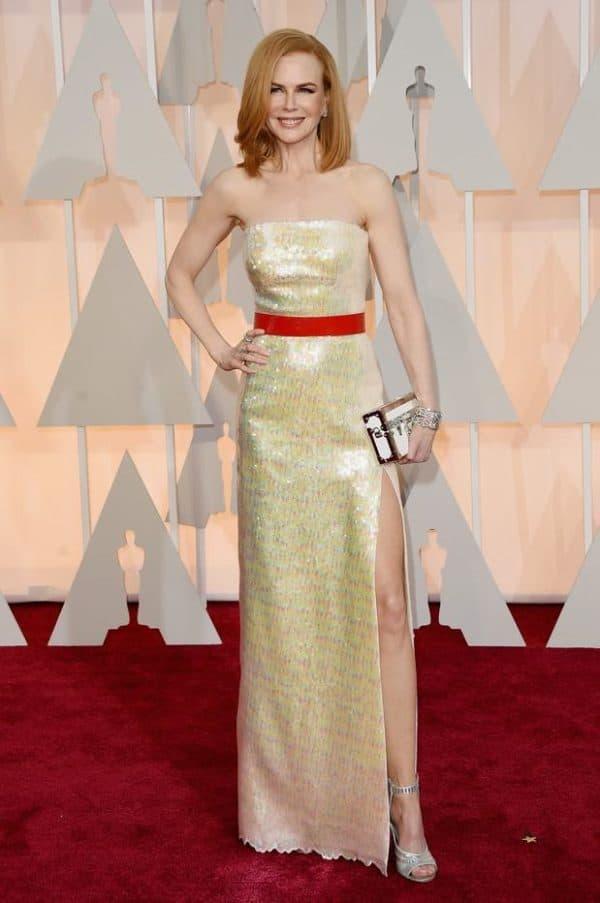 Николь Кидман в платье с разрезом на ноге