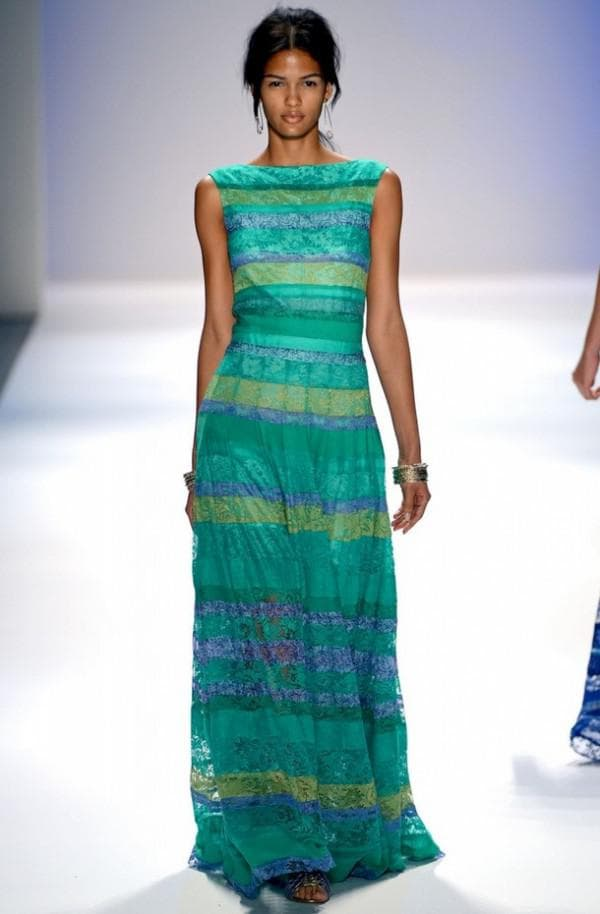 платье цвета тиффани от известного дизайнера