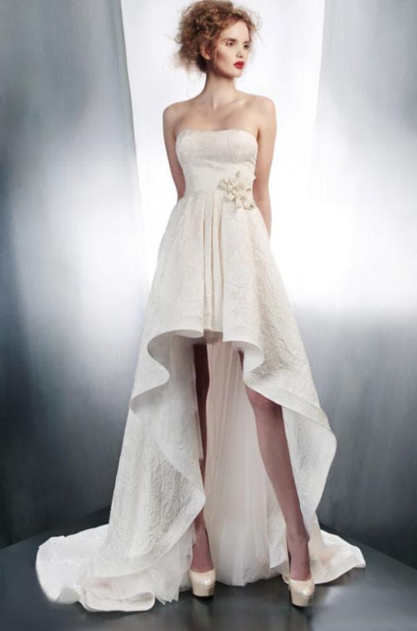 образ невесты с открытыми ножками