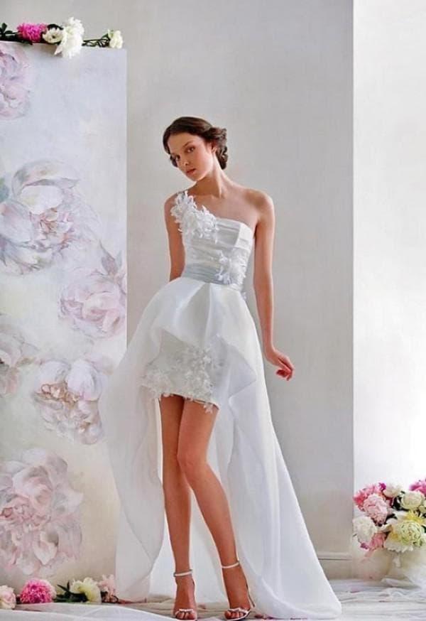 платье короткое спереди удлиненное сзади для невесты