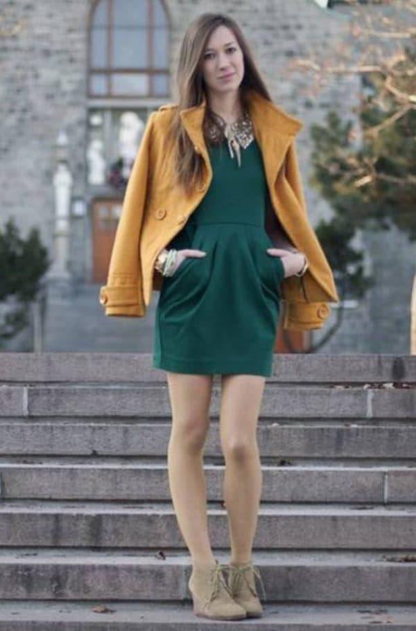 осенний лук с зеленым платьем