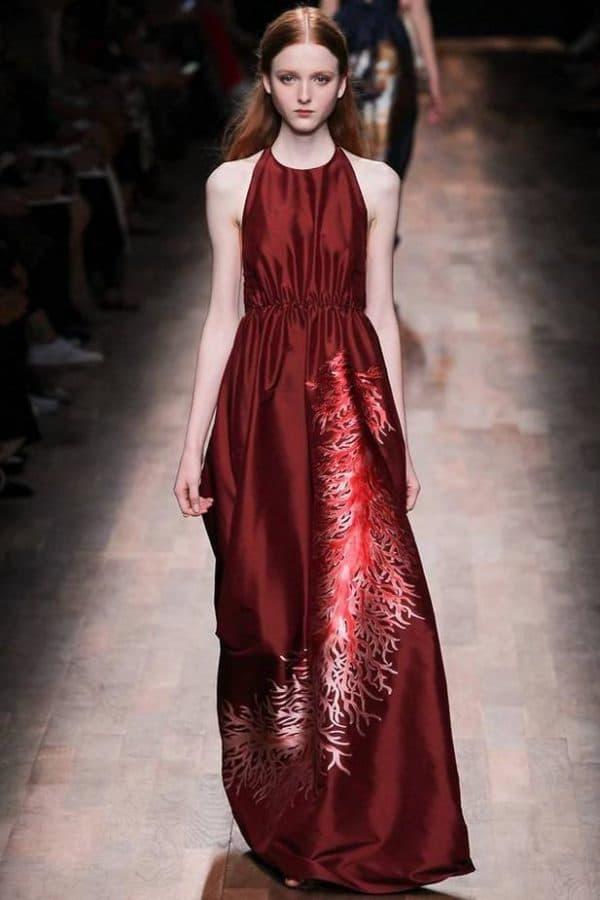 длинное платье винного цвета