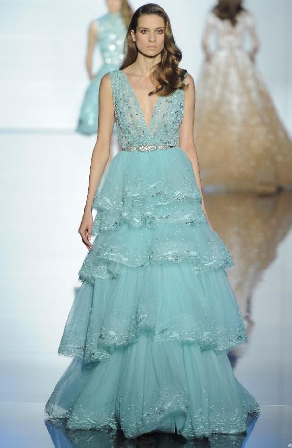 Платье цвета тиффани от Зухаира Мурада