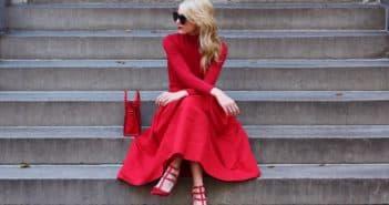 Модные образы с красным платьем