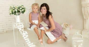 одинаковые платья у мамы и дочери