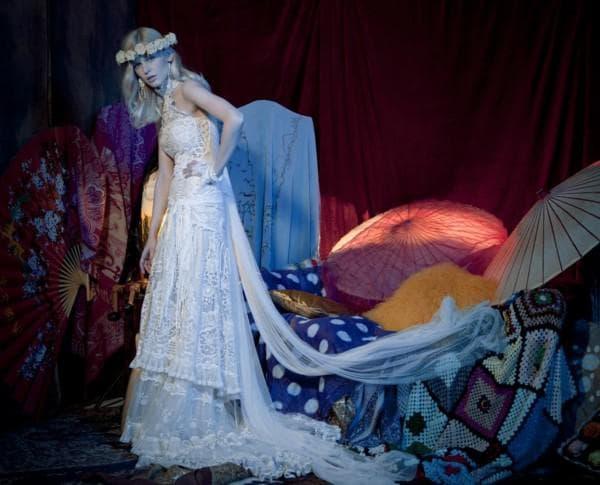 длиное платье невесты в цыганском стиле