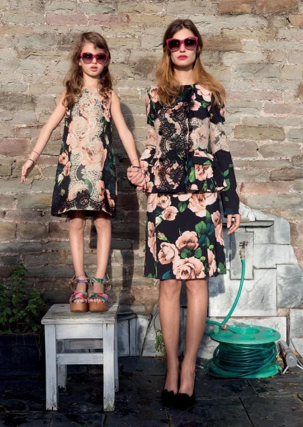 модные одинаковые платья для мамы и дочки