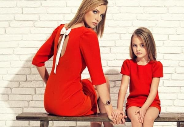 красное платье для дочки и мамы